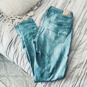 3 FOR $12 AE Super Stretch Skinny Jeans